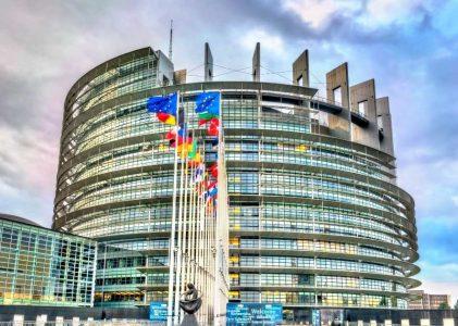 Comissão Europeia: 250 mil milhões de euros em obrigações verdes